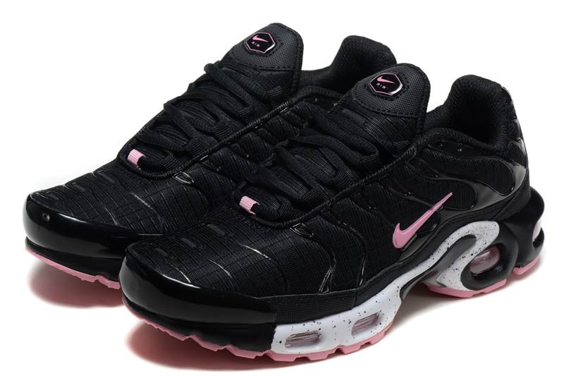 nike requin rose