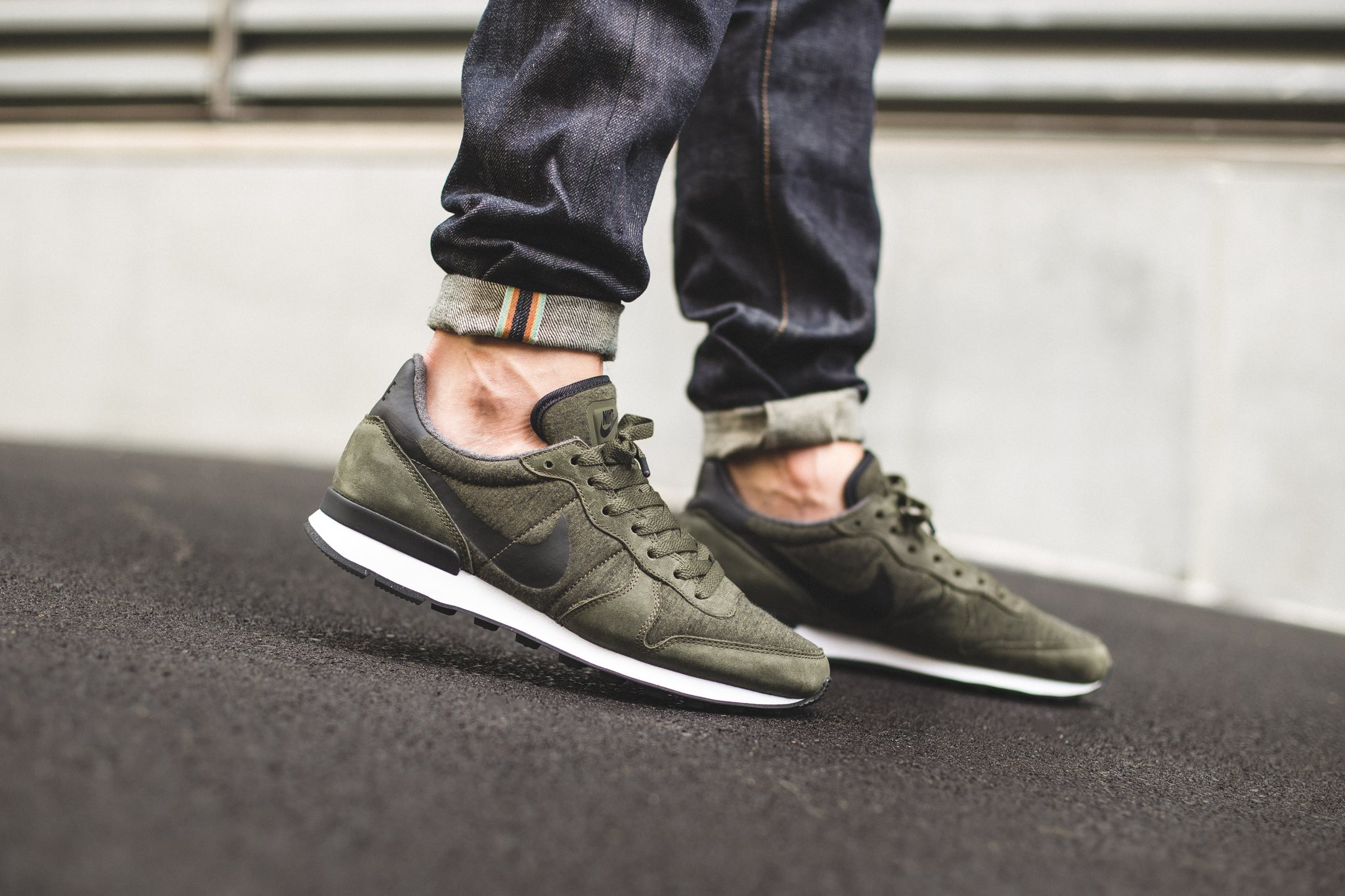 2019 nike internationalist kaki Pas Cher 247