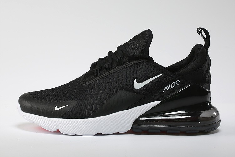 Basket air max flyknit oreo pas cher 2019 3230