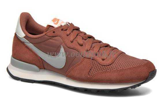 Shop nike internationalist rouge 2019 221