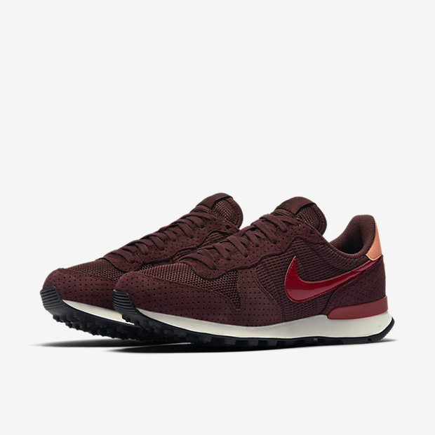 nike internationalist bordeaux