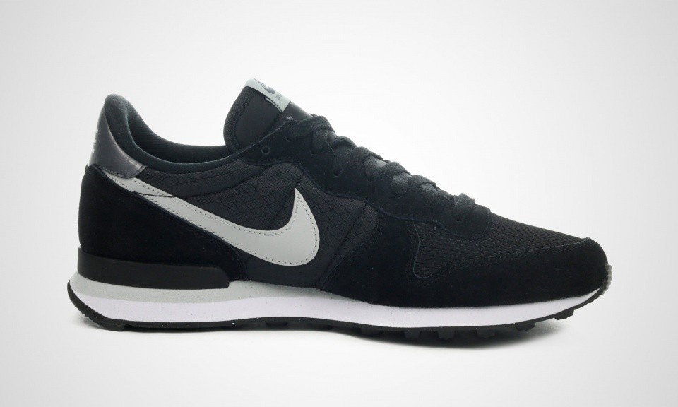Vente nike internationalist noir en vente 182